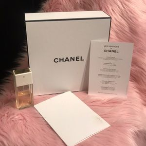 Chanel Box with Card for Complementary service ♥️